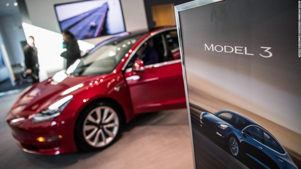Tesla's quality issues catch up